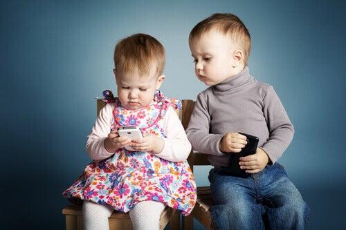 « Donner un téléphone portable à un enfant de moins de 10 ans est un acte d'irresponsabilité familiale », estime un psychologue…. au delà de l'addiction, des impacts biologiques sont à mettre en avant…